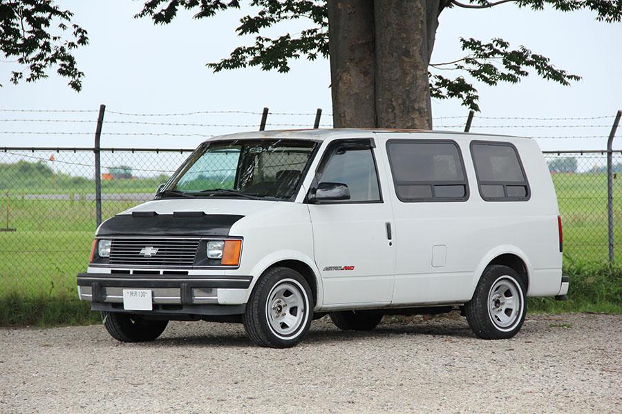 1991年 シボレーアストロAWD ロールーフコンバージョン