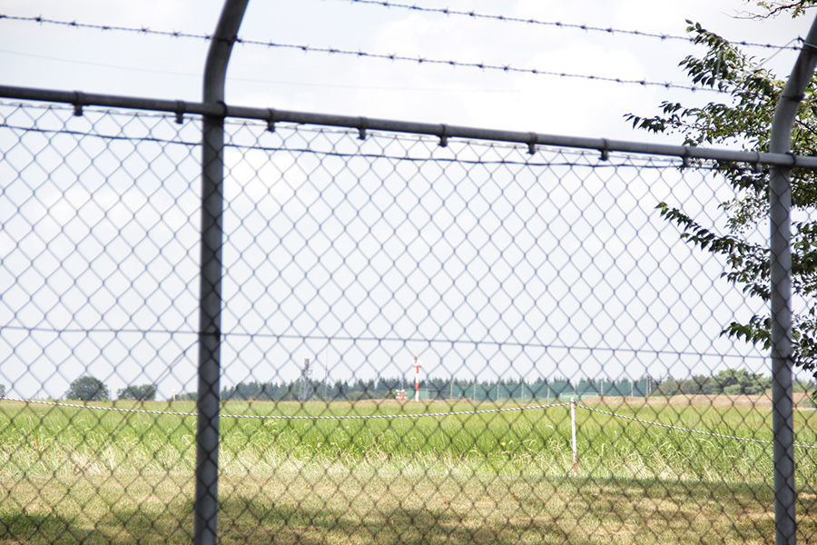 2015.8 GARAGELAND 埼玉県狭山市 敷地内より入間基地を撮影