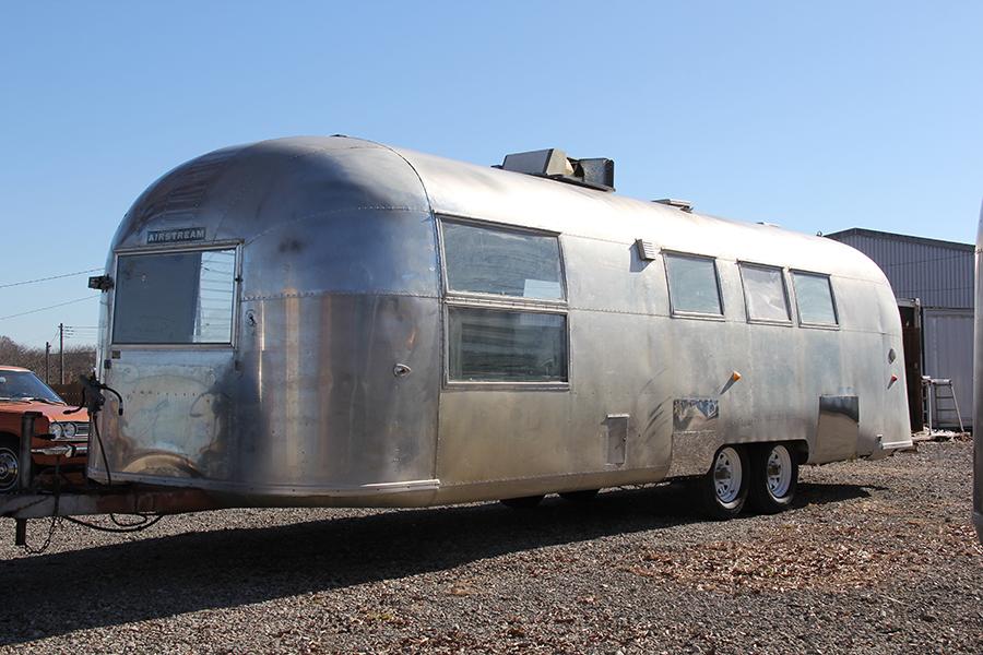 ガレージランド|Airstream販売・レンタル・貸しスタジオ