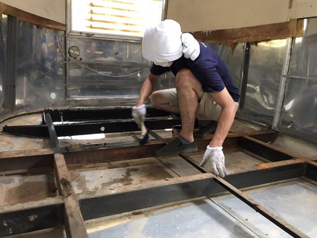 埼玉県狭山市エアストリーム販売・フードトラック製作